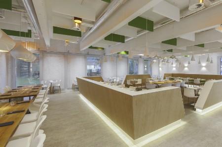 Glaverbel building un immeuble de bureaux géré comme un hôtel de