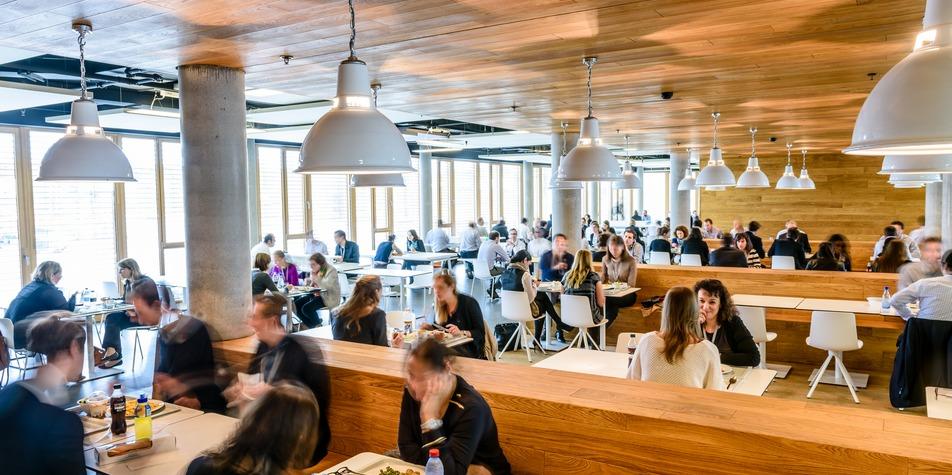 Pwc ban de gasperich luxembourg for Atrium coeur